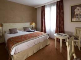 ROYAL HOTEL 3*
